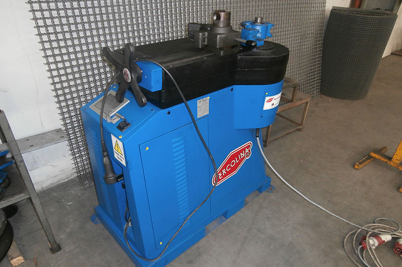 piega tubi - Rohrbiegemaschine